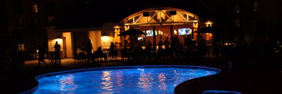 Four Winds Casino Resort: The Pool Bar