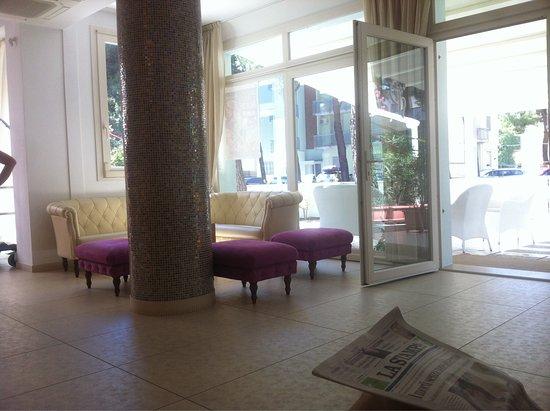 Hotel Gened: photo1.jpg
