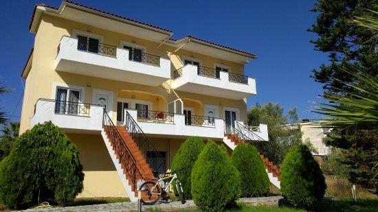 Athena Apartments Paleros Hellas