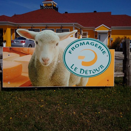 Temiscouata-sur-le-Lac, แคนาดา: cheeses made with goat or cow's milk