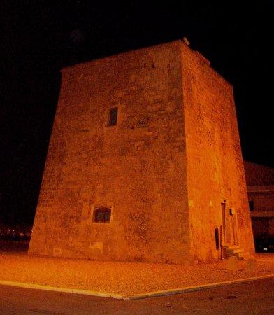 Maruggio, Taliansko: La Torre Moline di sera