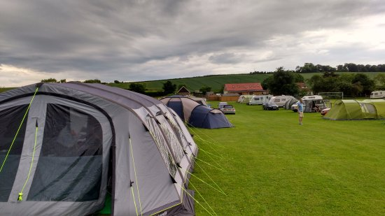 Stawell, UK: View from the other end of the campsite
