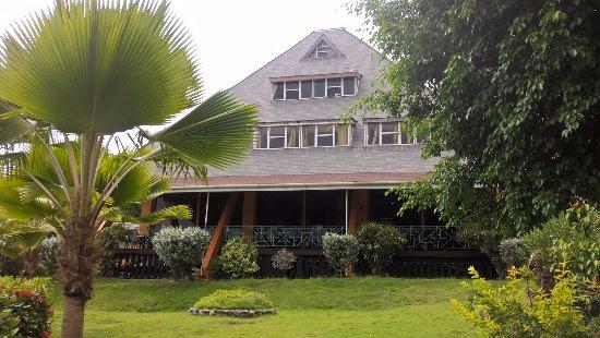 Salybia Nature Resort & Spa: View of Restaurant
