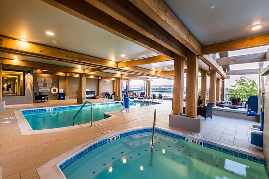 Pool and spa are open daily 6am 10pm picture of the for Pool and spa show wa