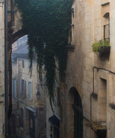 Auberge de la Commanderie: Just a shot from our room. !!!!