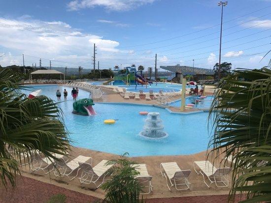 Las Cascadas Aquatic Park