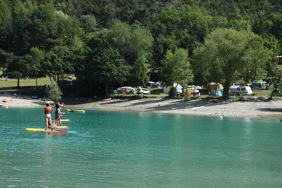 St Vincent les Forts, Frankrig: Paddle devant camping