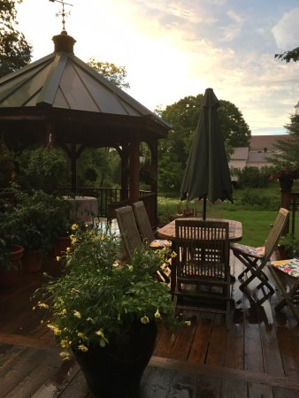Weston, VT: The back patio--perfect for dining.