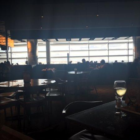 La salle restaurant and bar tripadvisor for Resto lasalle