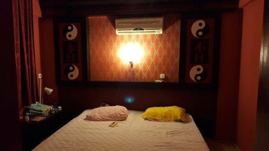 Mersoy Exclusive Aqua Resort: Otelin gorsellerine aldanmayin c blok 308 den bir goruntudur. Aldanmayın hataya dusmeyin derim..
