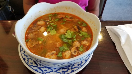 Bangkok Golden: Tom Yum Soup with chicken