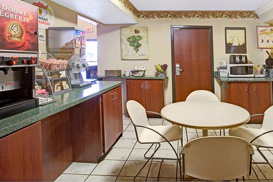 Wentzville, MO: Breakfast Room