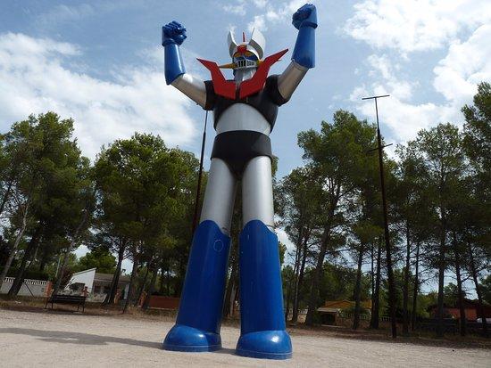 Resultado de imagen para estatua de mazinger z