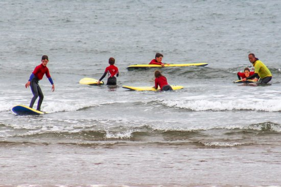 Llangennith, UK: surf school