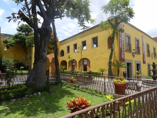 Orizaba, México: Vista a Fachada Desde Calle Real