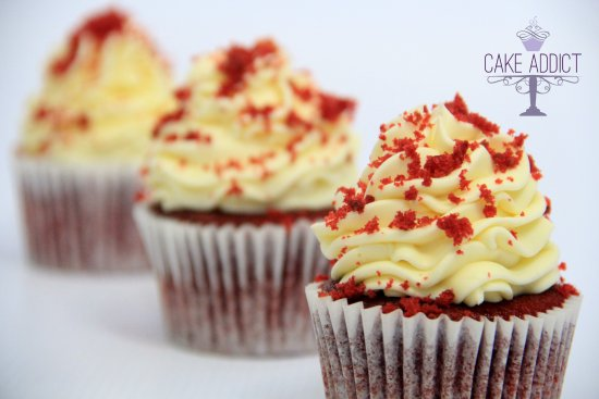 ‪‪St Cyrus‬, UK: Red Velvet cupcakes with creamcheese frosting‬