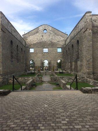 St. Raphael's Ruins: Impressive skeleton of a spritual presence