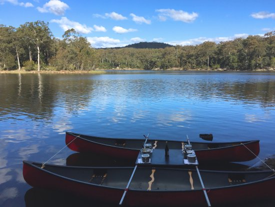 Kangaroo Valley, ออสเตรเลีย: Our double rig canoes for Canoes, Champagne & Canapés
