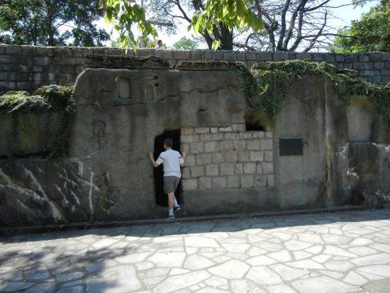 Garden of Hope: Garden Tomb