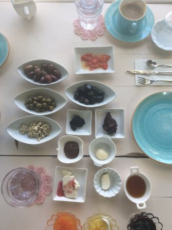 Vintage Boutique Hotel Alacati : Delicious breakfast beautifully served