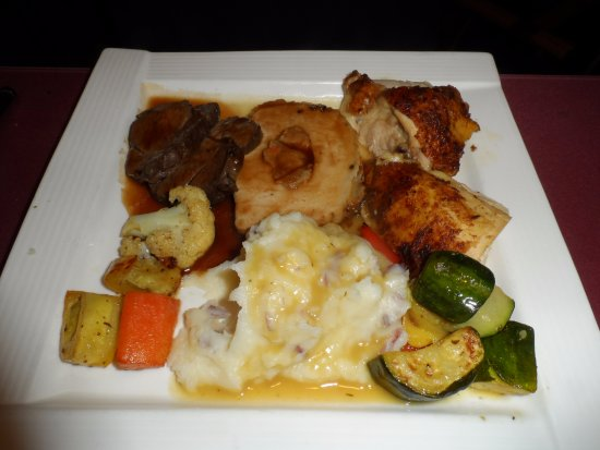 Choices Restaurant & Rotisserie: 3 meat entree