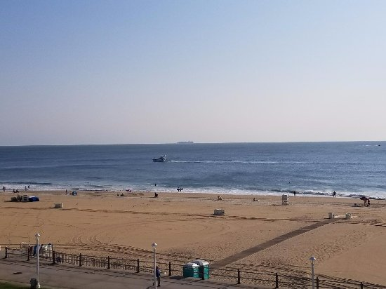 Quality Inn And Suites Oceanfront Va Beach