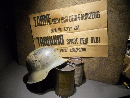 December 44 Historical Museum : Camouflage saves life and blood !