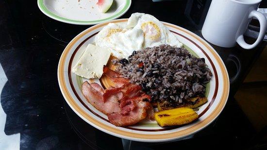 Tilaran, Κόστα Ρίκα: Tico Breakfast