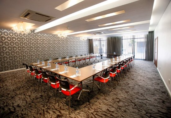 Protea Hotel Fire & Ice! by Marriott Cape Town: Groundworks Meeting Room – U-Shape Setup