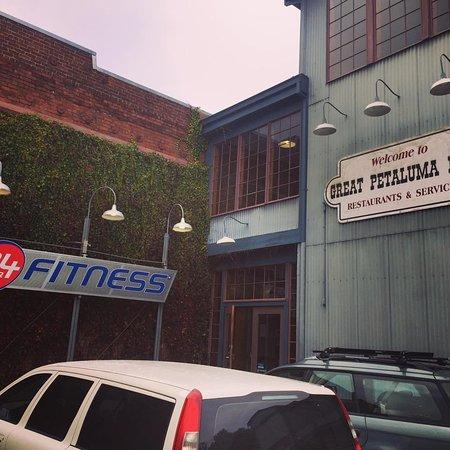 KARNCHARUT THAI MASSAGE #1 Petaluma Service by appointment Book online 24/7 Same 24 Hour Fitness