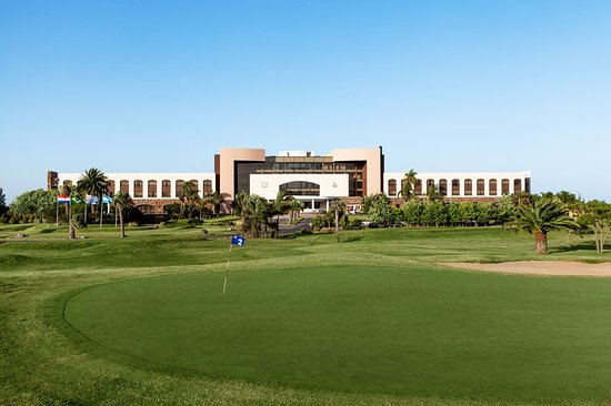 Sheraton Colonia Golf & Spa Resort: Our resort sits on a Golf Course