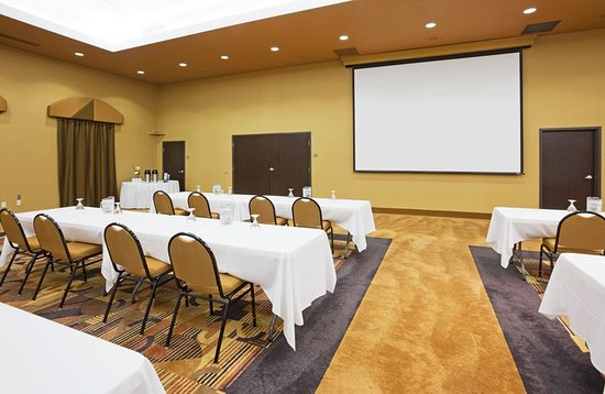 Holiday Inn Express Suites Sioux Falls Brandon 97 1 3 6 Updated 2017 Prices Hotel Reviews Sd Tripadvisor