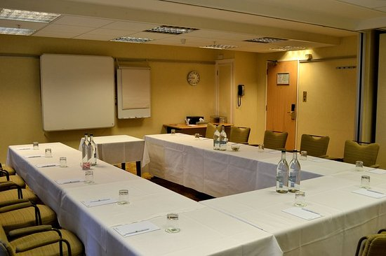 Holiday Inn Northampton: Tudor Rose room great for larger meetings or can be split