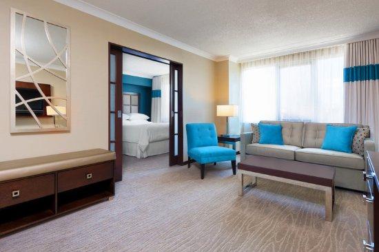فور بوينتس باي شيراتون لندن: Deluxe Tower 2 Double Bed Suite