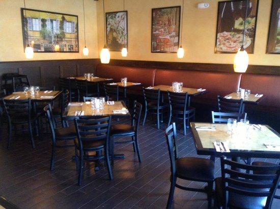Haskell, Нью-Джерси: Dining Room
