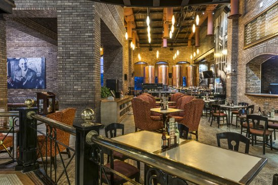 Four Points by Sheraton Galerias Monterrey: Sierra Madre Brewing Co.