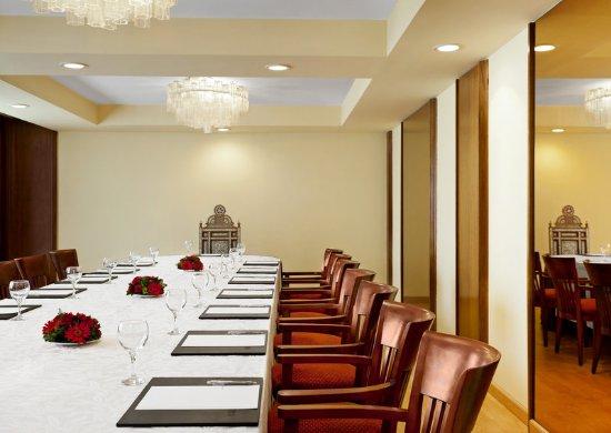 Le Meridien Heliopolis: Meeting Room