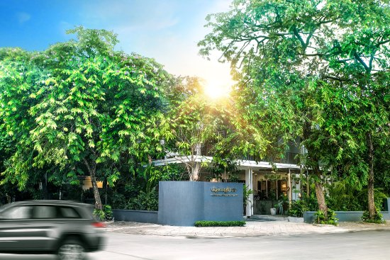 Uy Kuyteav Cambodian Restaurant: Uy Kuyteav BKK Building