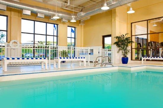 Sheraton Tarrytown Hotel: Swimming pool