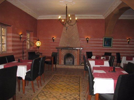 Hotel Dar Zitoune: A dining room