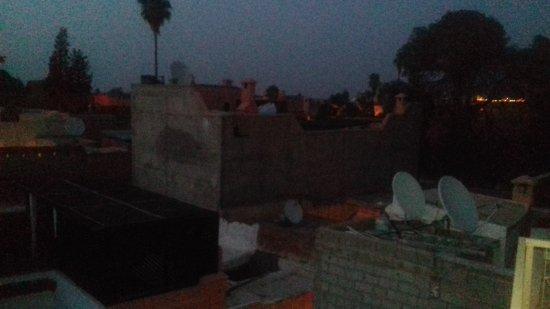 Riad Dar Khmissa Marrakech : 20170812_204353_large.jpg