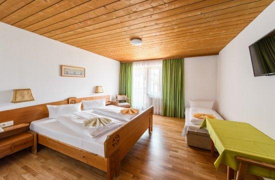 Bärenwirth - Hotel: Doppelzimmer mit Zustellbett