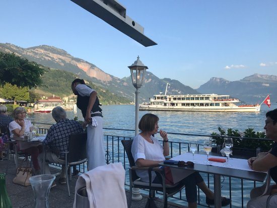 Zee Restaurant: photo2.jpg