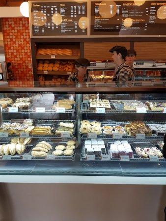 Bindoon, أستراليا: Baked goods cabinet.