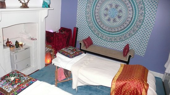 Daylesford, Αυστραλία: Beautiful tranquil rooms...heated massage beds....ummmm
