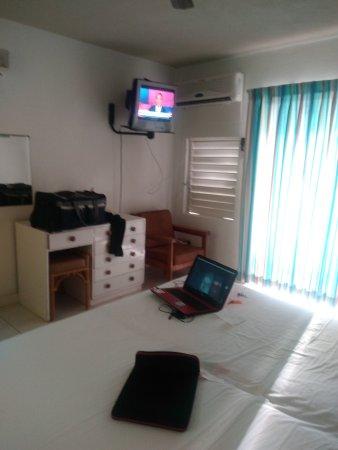 Carib Blue Apartment Hotel: IMG_20170829_165128_large.jpg