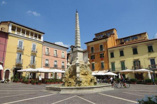 Piazza Obelisco