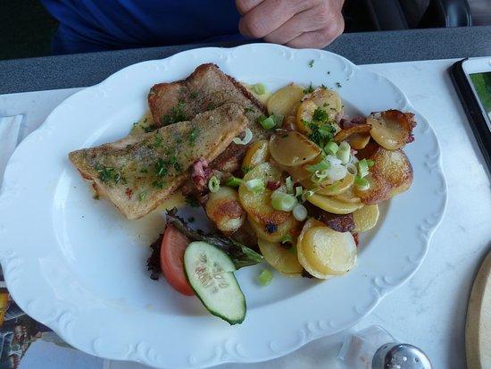 Goehren-Lebbin, Germania: Fischgericht