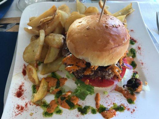 La Table des 3 Chevaliers: Hamburger au canard