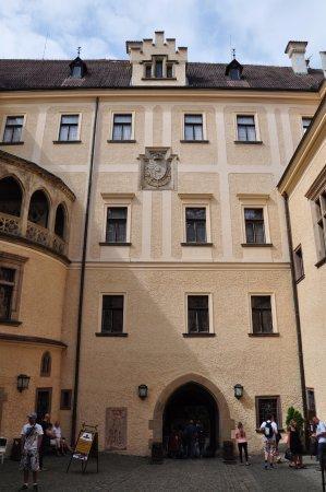 بوهيميا, جمهورية التشيك: La piazzetta interna al Castello di Konopiste